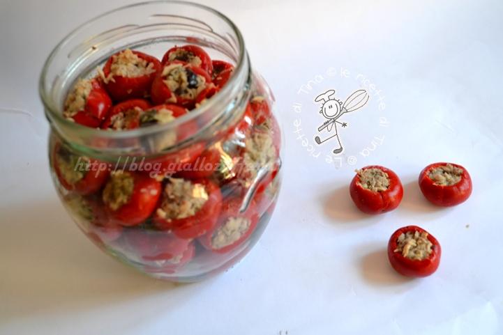 conserva di peperoni ripieni