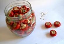Conserva di peperoni piccoli ripieni(papaccelle napoletane)
