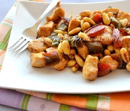 Pollo peperoni e mandorle ricetta cinese