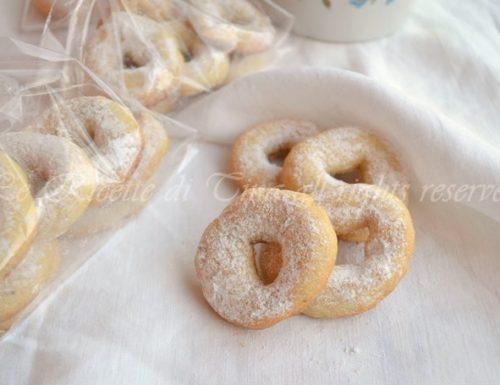 Biscotti con nocciole e mandorle