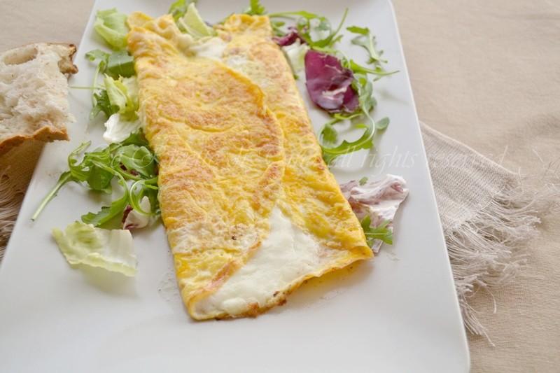 frittata con mozzarella o filoscio,frittata farcita,frittata,frittata ripiena,filoscio,le ricette di tina,