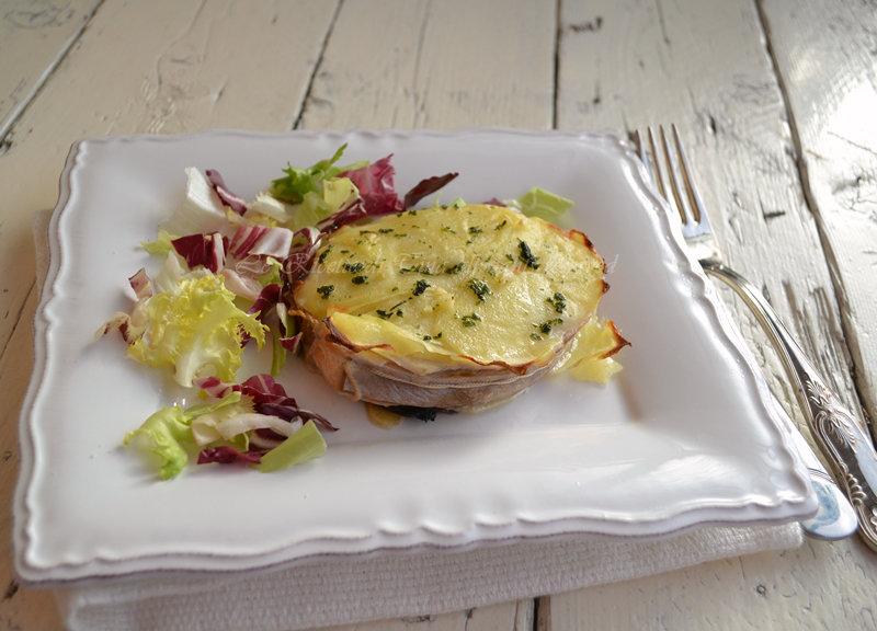 salmone con patate,salmone,salmone al forno,salmone con patate al forno,le ricette di tina,