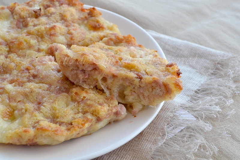 torta di pane salata,torta di pane,ricette per smaltire il pane raffermo,le ricette di tina,