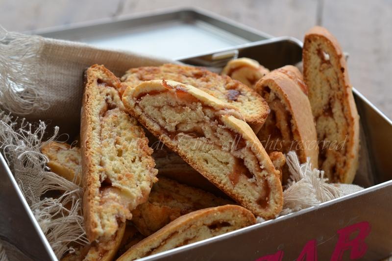 tozzetti con marmellata,biscotti,biscotti arrotolati,tozzetti,le ricette di tina,