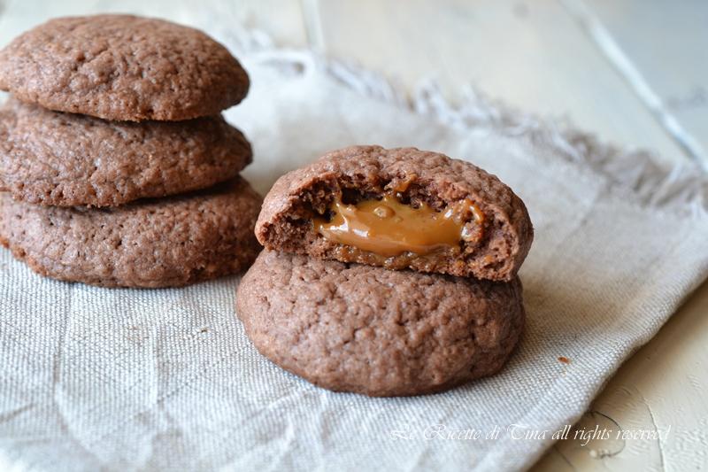 biscotti ripieni al caramello,biscotti al caramello,biscotti ripieni,le ricette di tina