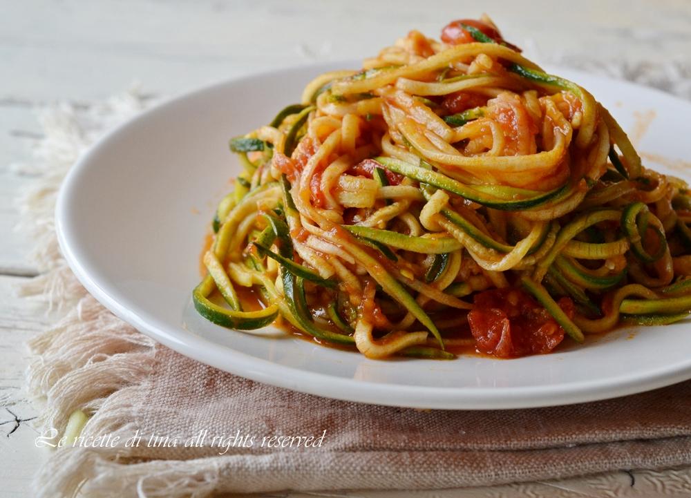 Spaghetti di zucchine con pomodorini for Spaghetti ricette