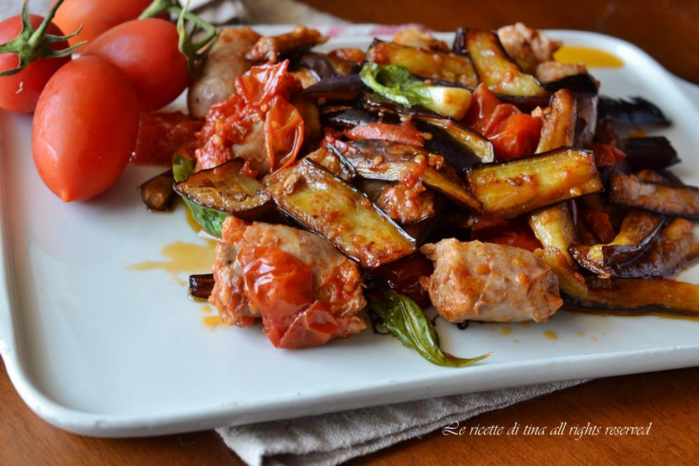 Salsiccia con melanzane for Melanzane ricette