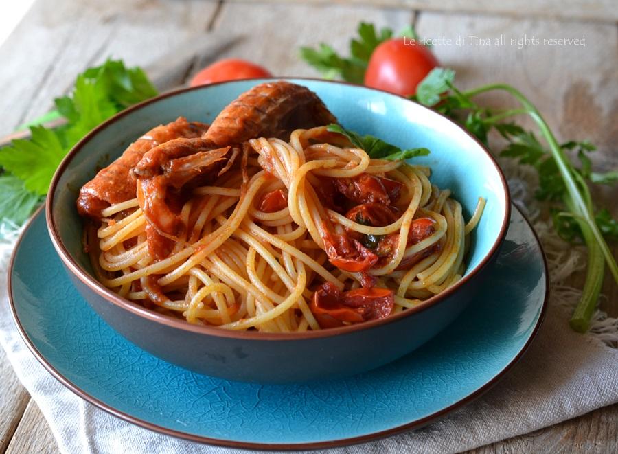 Spaghetti con cicale e pomodorini