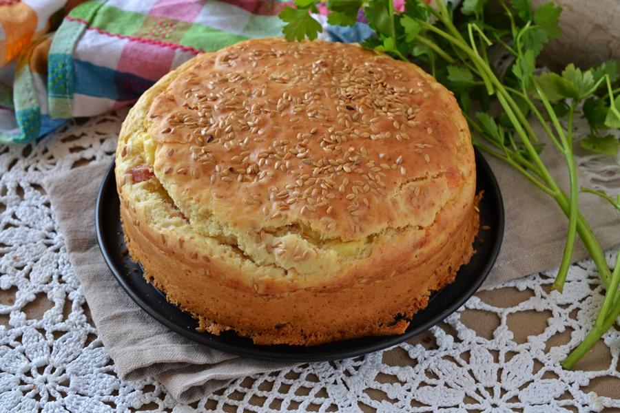 Torta salata prosciutto cotto e formaggio