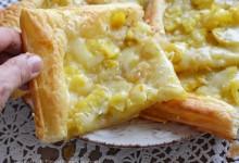 Pizzette di sfoglia con patate e formaggio