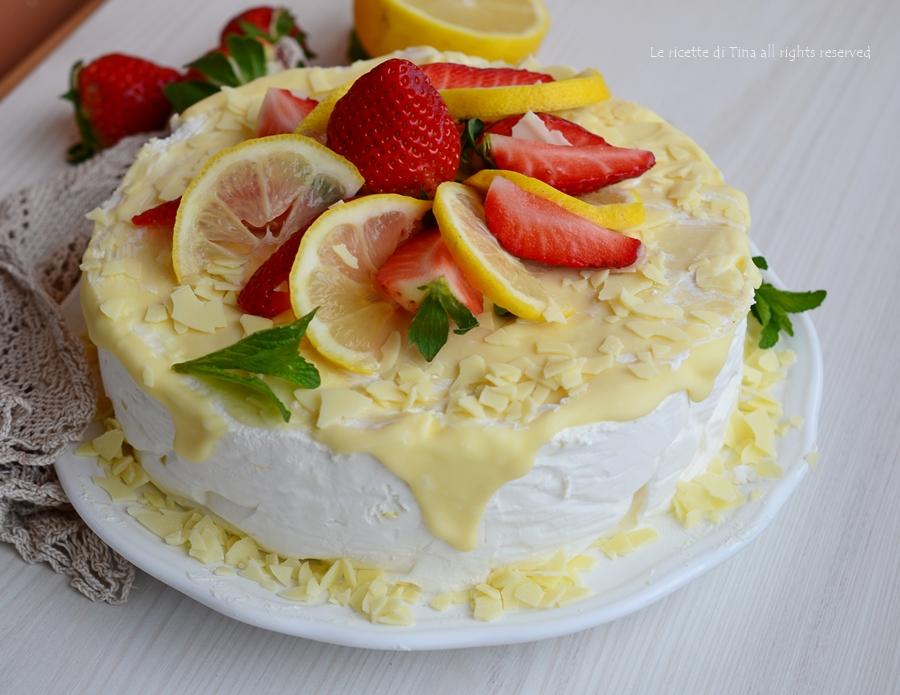 Ricetta torta limone e fragole