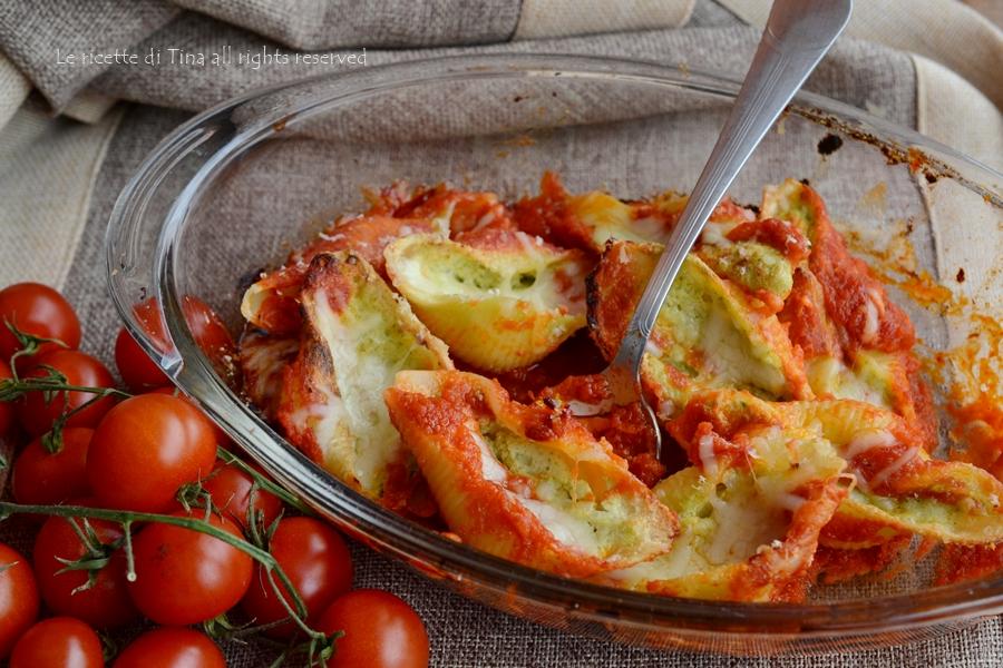 Conchiglioni con zucchine e ricotta al forno