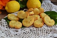 Ventagli di sfoglia al limone