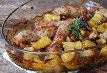 Salsiccia funghi e patate al forno