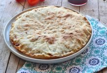 Focaccia zucchine e formaggio senza lievito