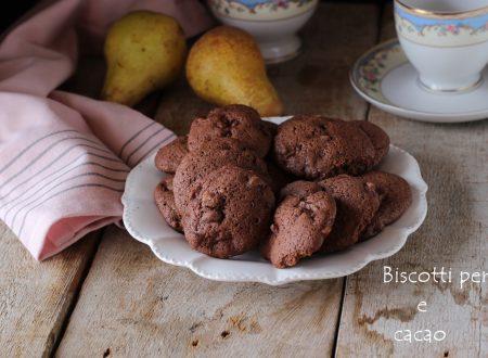 Biscotti morbidi pere e cacao