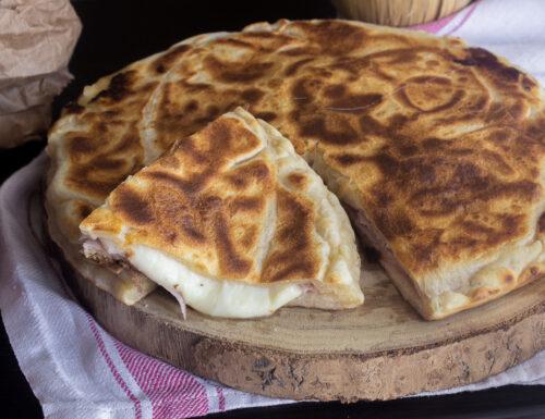 PIZZA IN PADELLA CHIUSA