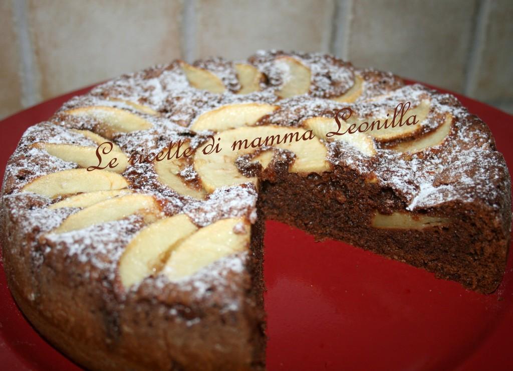 torta al cioccolato con amaretti e mele