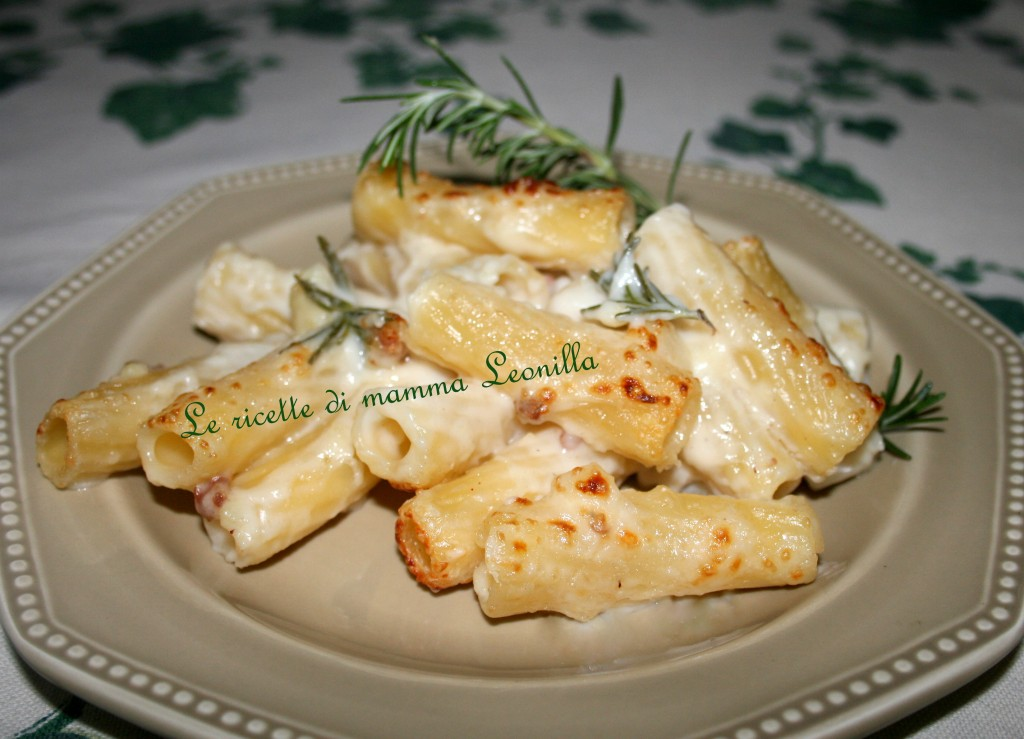 pasta gratinata cavoli e salsiccia(ricetta primo)