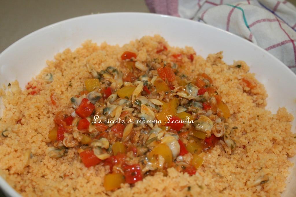 COUS COUS VONGOLE E PEPERONI (ricetta piatto unico-pesce)
