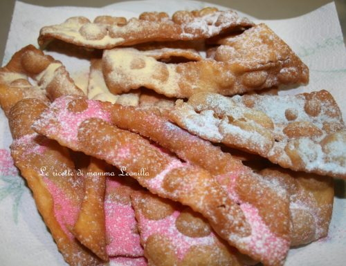 CHIACCHIERE FRITTE -ricetta dolce carnevale