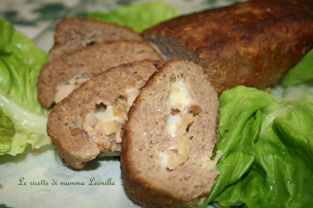 POLPETTONE RIPIENO AI FUNGHI E MOZZARELLA -ricetta secondo carne al forno