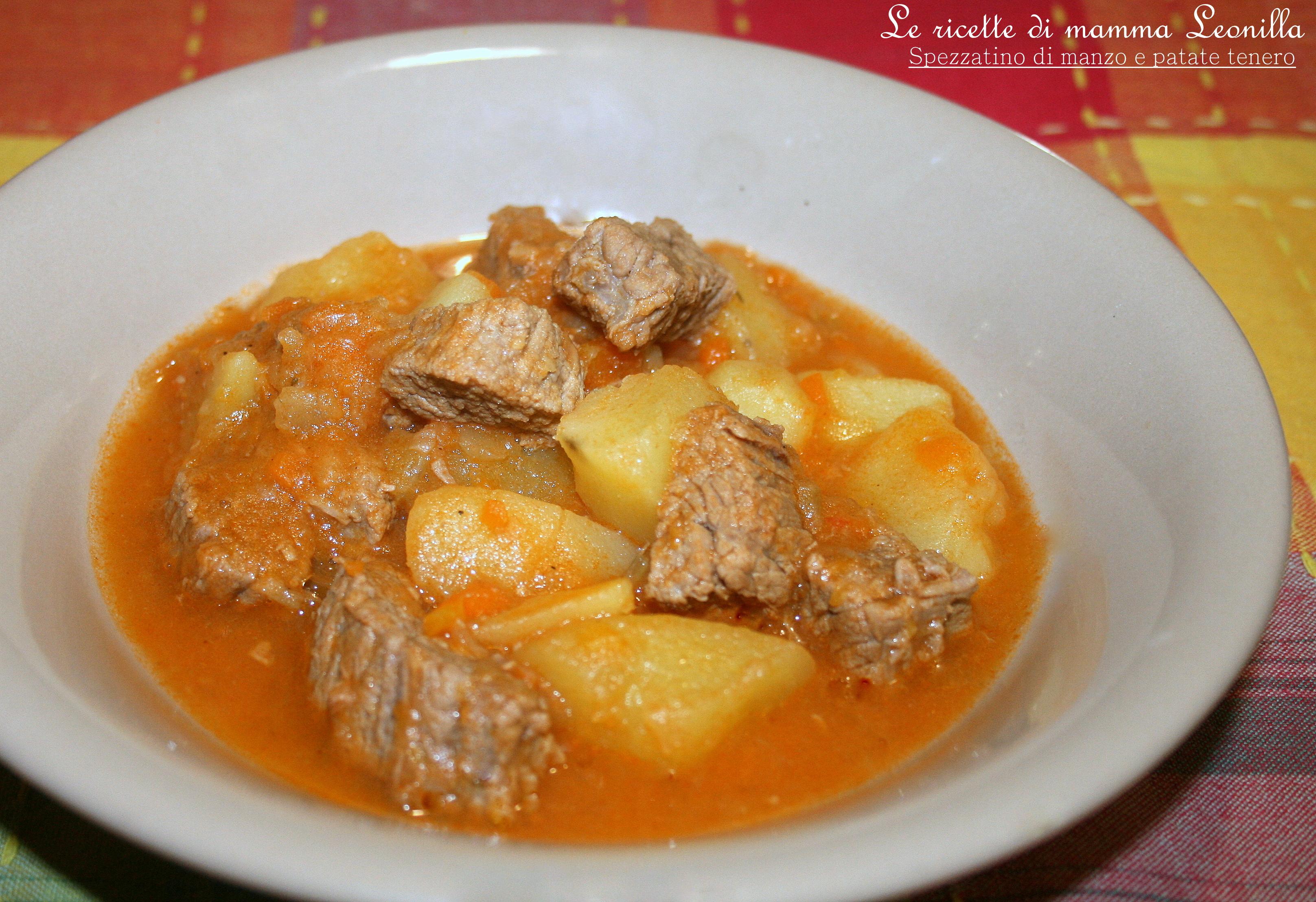 Ricetta carne e patate con sugo