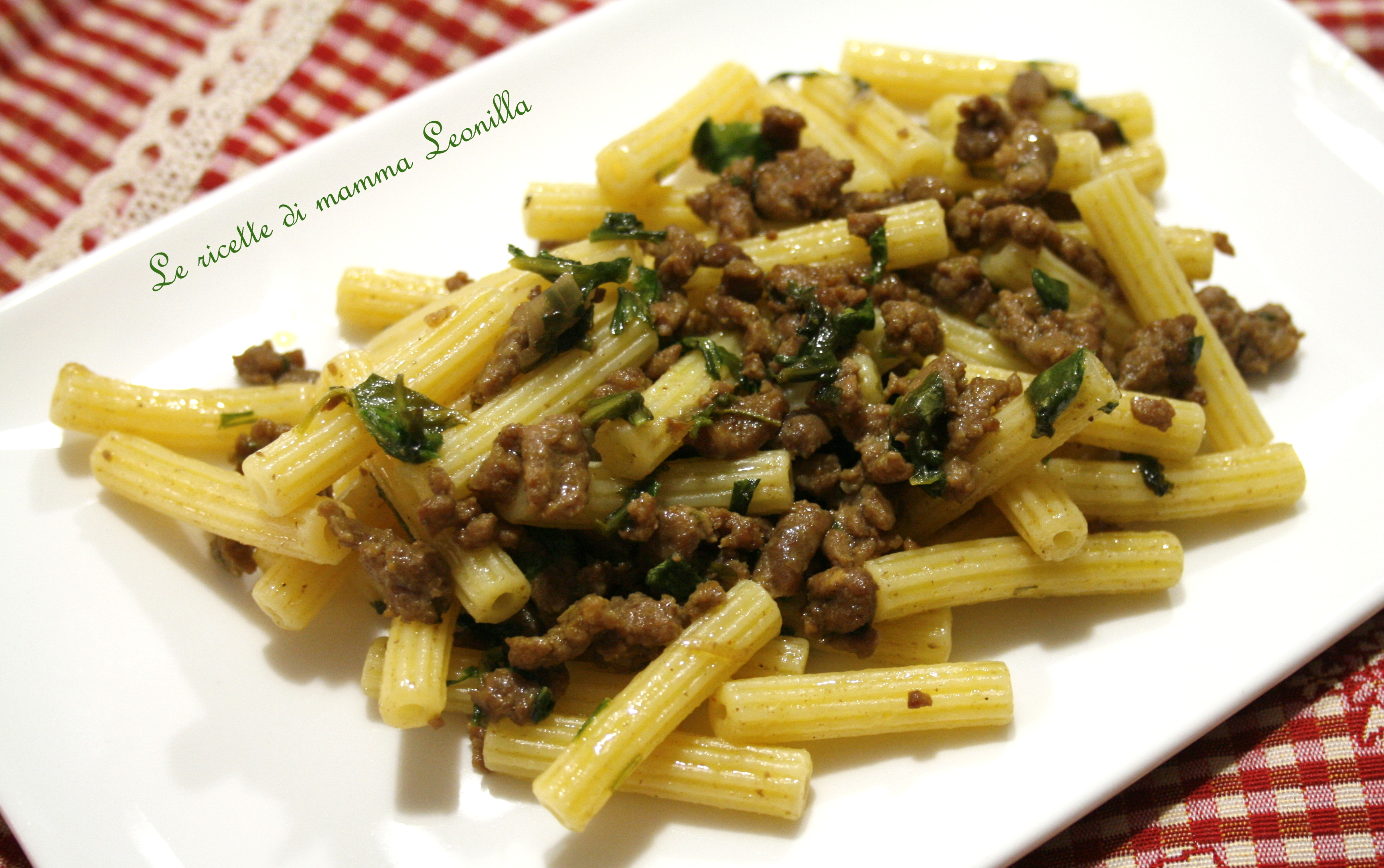 Ricetta pasta con sugo e rucola