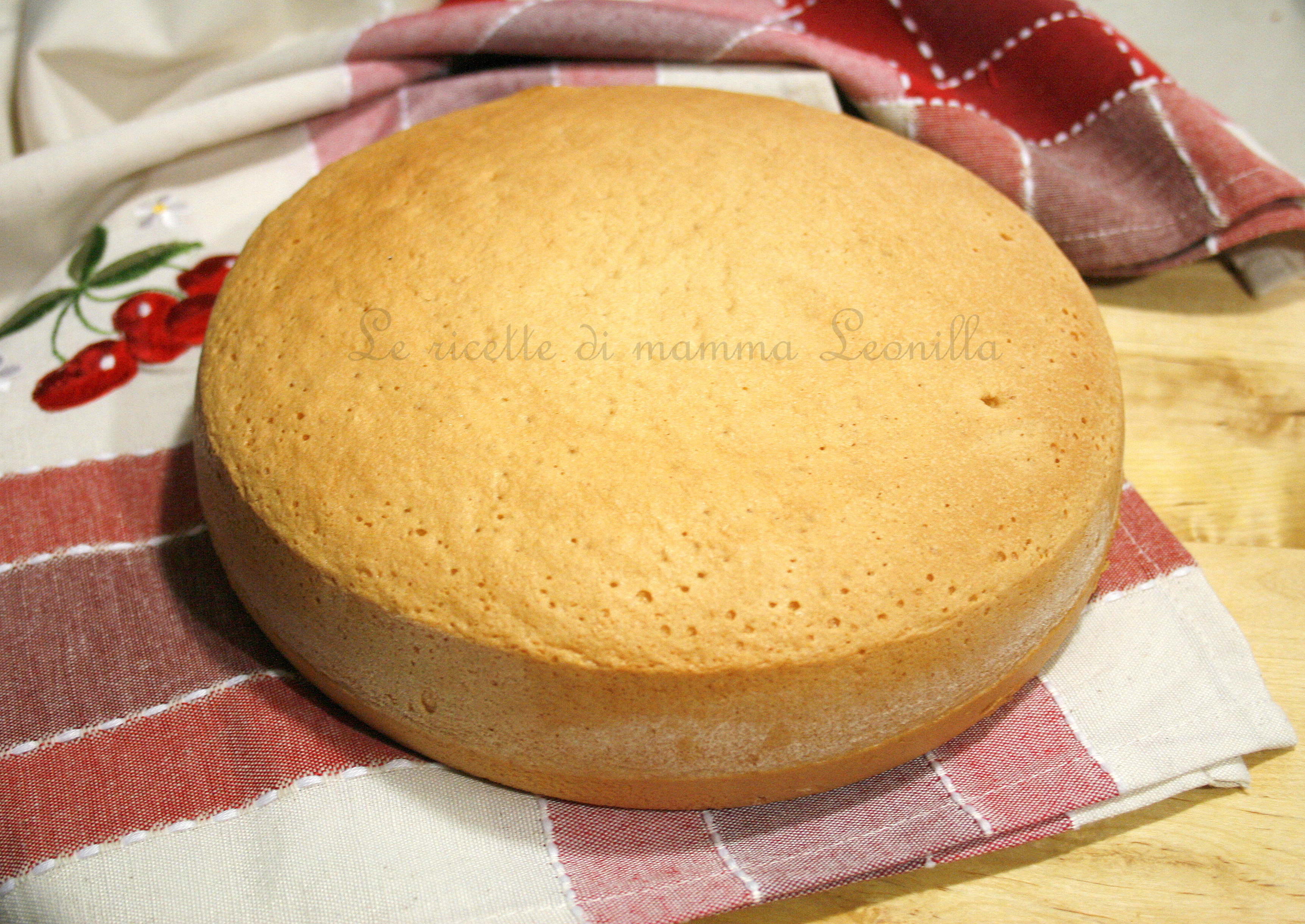 Ricetta Pan Di Spagna Alto E Soffice Con Lievito.Pan Di Spagna Con Lievito In 2 Minuti Ricetta Base Dolce