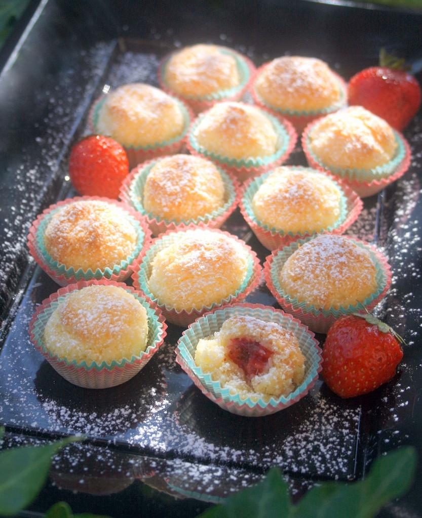 PALLINE AL COCCO E CUOR DI FRAGOLA - ricetta dolce da forno