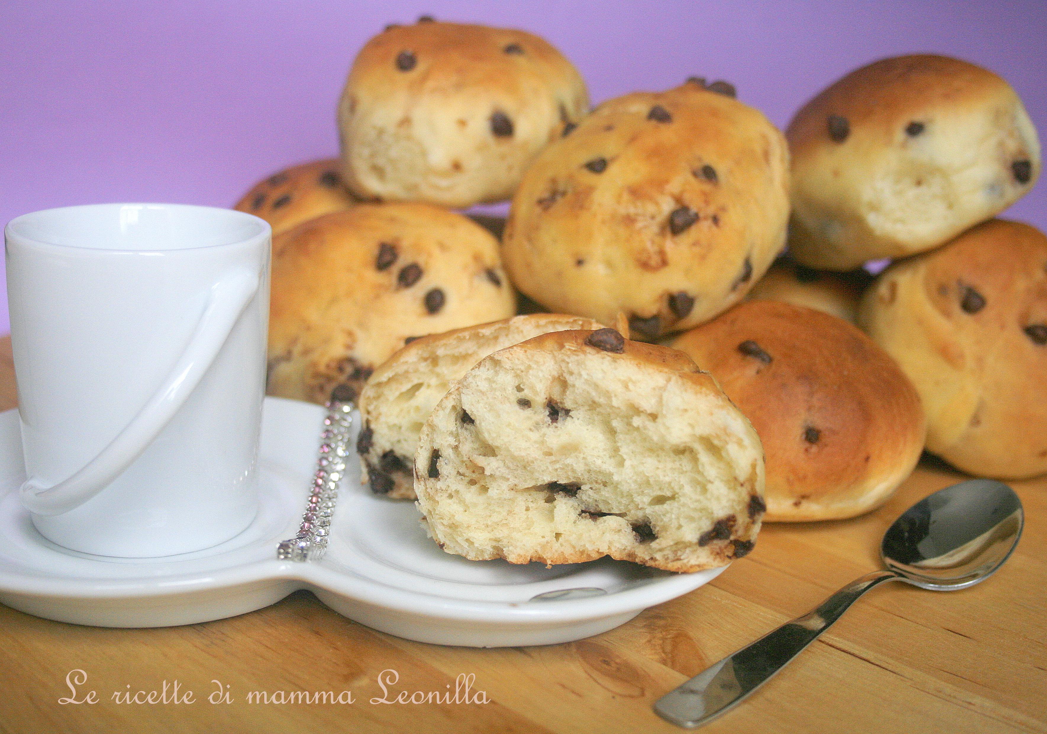 Pangoccioli fatti in casa sofficissimi ricetta dolce - Faretti in casa ...