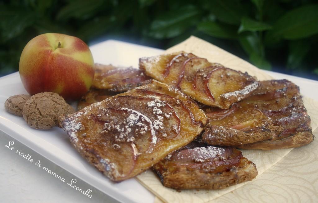 SFOGLIATINE ALLE PESCHE E AMARETTI VELOCI -ricetta dolce facile