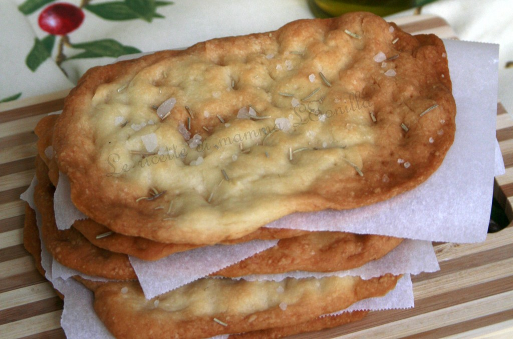 SCHIACCIATINE AL ROSMARINO -ricetta pizza