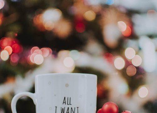 Il tè di Natale: profumi che scaldano l'inverno