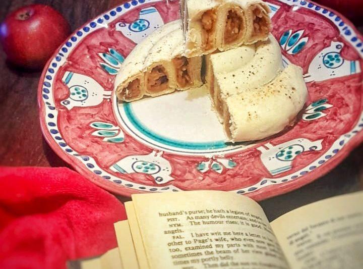 Pita burek con mele e cannella