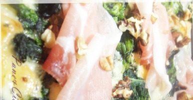 Pizza Gorgonzola,Noci,Broccoli e Speck dell'Alto Adige!