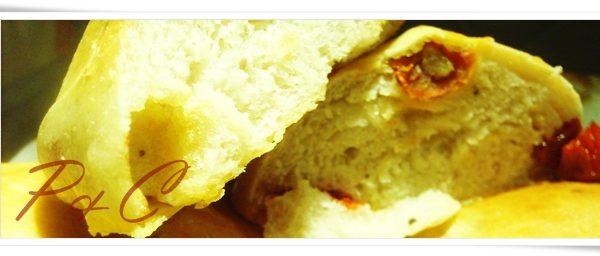 Panini ai pomodorini secchi con la Poolish