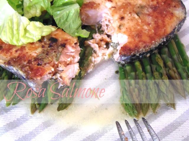salmone grigliato alle erbe aromatiche leggero e saporito salmone grigliato alle erbe aromatiche leggero e saporito