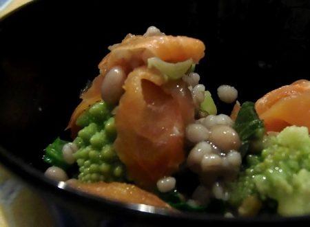 Insalata leggera di salmone e broccolo romano ,ricetta light