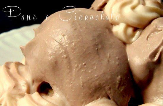Profitterol alla mousse di cioccolato | PaneeCioccolatoblog
