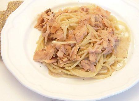 Spaghetti salmone e baccala'  ,ricetta economica
