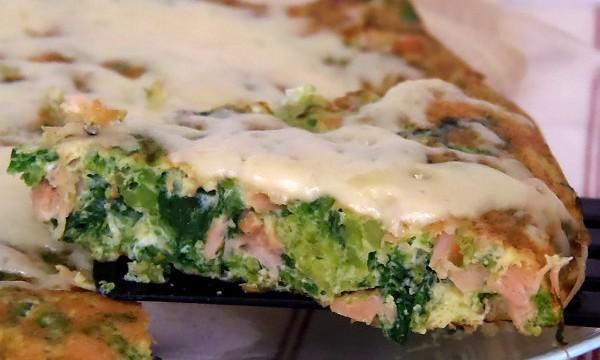Frittata di salmone e broccoli