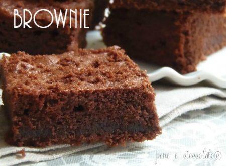 Ricetta dei brownies-pane e cioccolato