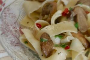 Tagliatelle ai Funghi Porcini-Ricetta pasta fatta in casa