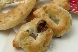Ciambelle di Pasta sfoglia alla Nutella
