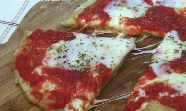 Pizza con Impasto alle patate cotta in padella