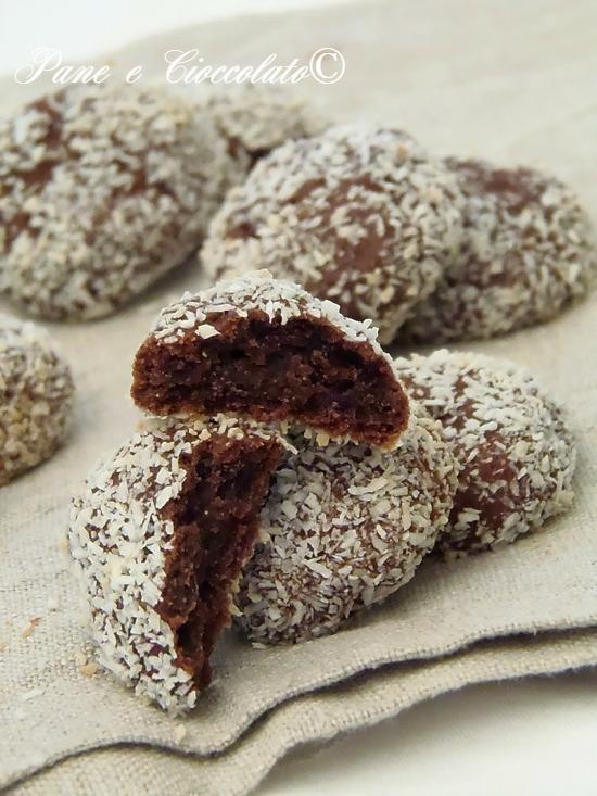 bottoni di cioccolato al cocco