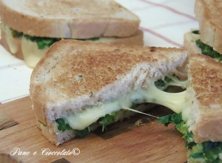 Toast Cremoso con Broccoli Arrostiti