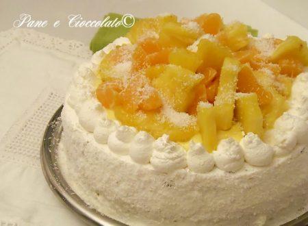 Torta Fantasia di Frutta con crema all ananas