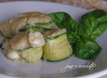 Rollini di zucchine e patate al forno